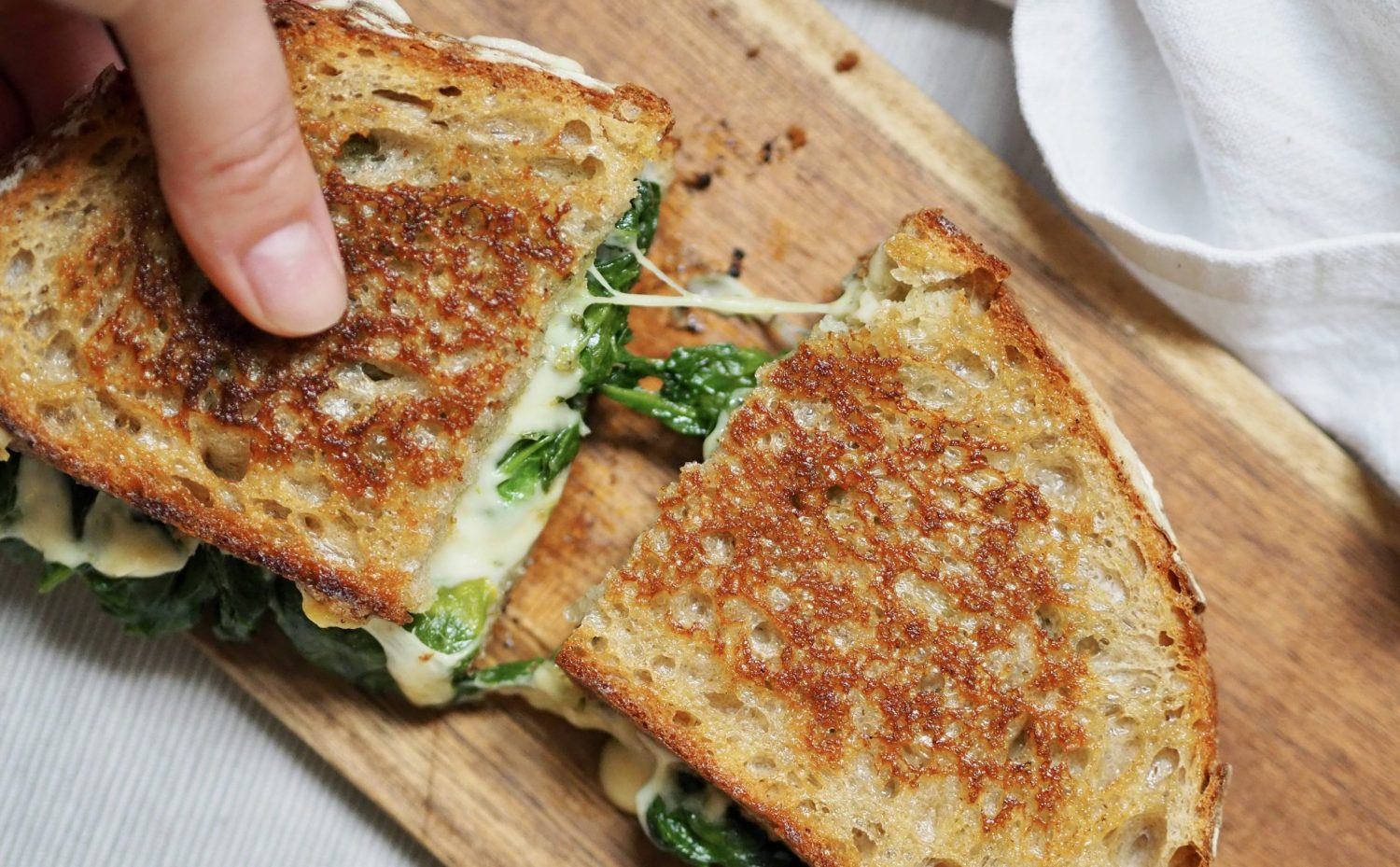 Grilled cheese épinards pesto